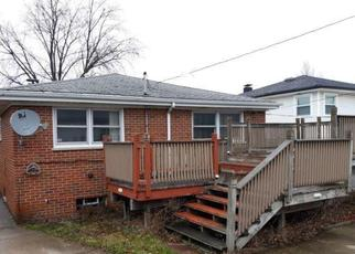 Foreclosed Home in Chicago 60652 W 76TH ST - Property ID: 4354087106
