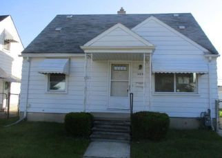 Foreclosed Home in Allen Park 48101 KEPPEN AVE - Property ID: 4354353849