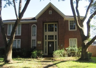 Foreclosed Home in Missouri City 77459 SPRING LKS - Property ID: 4354388890