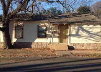 Foreclosed Home in Waco 76707 ETHEL AVE - Property ID: 4354598674