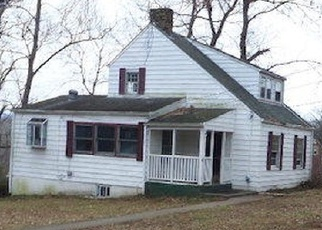 Foreclosed Home in Roanoke 24017 MOUNTAIN VIEW DR NW - Property ID: 4354645530