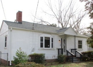 Foreclosed Home in Fayetteville 28301 W CIRCLE CT - Property ID: 4354753716