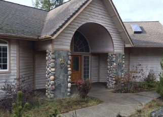 Foreclosed Home in Grants Pass 97526 N PINNON RD - Property ID: 4354898236