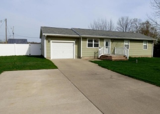 Foreclosed Home in Dowagiac 49047 LYLE DR - Property ID: 4355110666