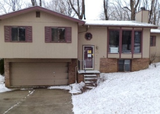 Foreclosed Home in Omaha 68104 VERNON AVE - Property ID: 4355223660