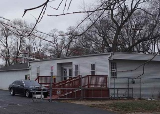 Foreclosed Home in Harvey 60426 E 147TH ST - Property ID: 4355570531