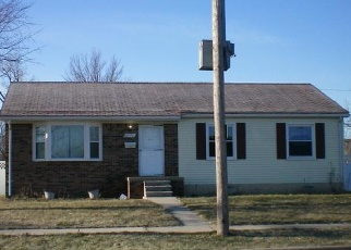 Foreclosed Home in Garden City 48135 MAPLEWOOD ST - Property ID: 4355754928