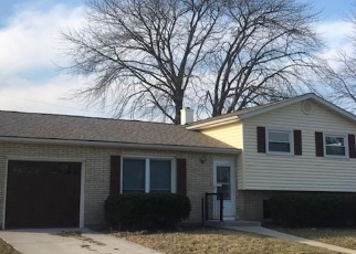 Foreclosed Home in Racine 53402 MANHATTAN DR - Property ID: 4355862665