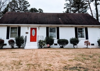 Foreclosed Home in Charlotte 28215 COBURG AVE - Property ID: 4355877104