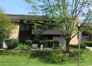 Foreclosed Home in Palatine 60067 N STERLING AVE - Property ID: 4356008953