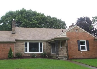 Foreclosed Home in Southfield 48076 SUNSET BLVD W - Property ID: 4356520499