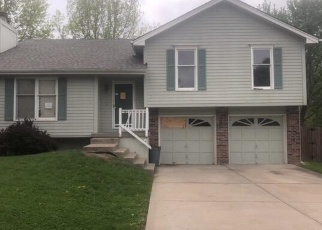 Foreclosed Home in Kearney 64060 PARK LN - Property ID: 4357002710