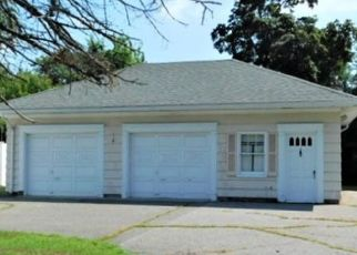 Foreclosed Home in Chicopee 01020 WAITE AVE - Property ID: 4357222120
