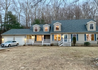 Foreclosed Home in North Smithfield 02896 GREENVILLE RD - Property ID: 4357236588