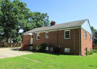 Foreclosed Home in Suitland 20746 RIDGECREST DR - Property ID: 4357468266
