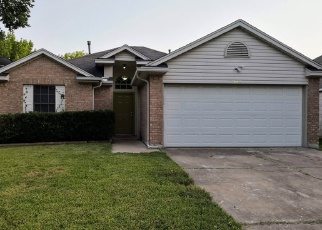Foreclosed Home in Austin 78725 MENIFEE ST - Property ID: 4357596599