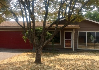 Foreclosed Home in Portland 97233 SE ANKENY ST - Property ID: 4357600992