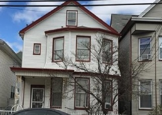 Foreclosed Home in Paterson 07504 15TH AVE - Property ID: 4357609295