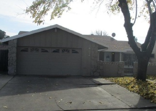 Foreclosed Home in Sacramento 95823 SADDLEBACK WAY - Property ID: 4357693834