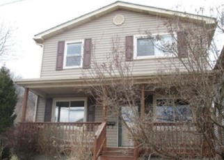 Foreclosed Home in Mc Kees Rocks 15136 12TH ST - Property ID: 4357900107