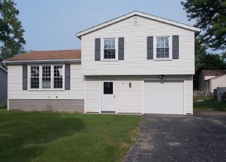 Foreclosed Home in Hilton 14468 SHORT HILLS DR - Property ID: 4357910180