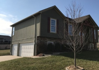 Foreclosed Home in Greenwood 64034 CURTIS DR - Property ID: 4357978965