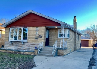 Foreclosed Home in Calumet City 60409 HIRSCH AVE - Property ID: 4358276332