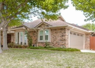 Foreclosed Home in North Richland Hills 76182 SHADY HOLLOW LN - Property ID: 4358404667