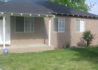Foreclosed Home in Fresno 93706 S LILY AVE - Property ID: 4358511530