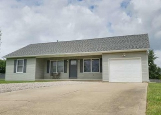 Foreclosed Home in Bloomingburg 43106 W CONCORD LN - Property ID: 4358627593
