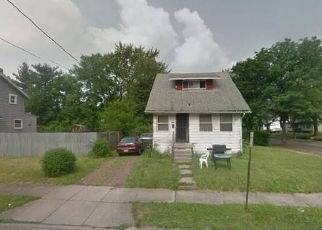 Foreclosed Home in Akron 44306 ARDELLA AVE - Property ID: 4358742339