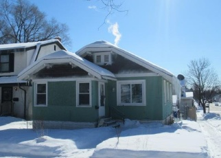 Foreclosed Home in Saint Paul 55104 LAFOND AVE - Property ID: 4358745404