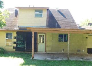 Foreclosed Home in San Antonio 78221 YUKON BLVD - Property ID: 4358775178