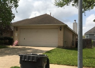 Foreclosed Home in Sugar Land 77498 HOLLY GLADE LN - Property ID: 4359115493