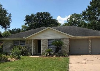 Foreclosed Home in Stafford 77477 SUZANNE ST - Property ID: 4359329670