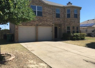 Foreclosed Home in Red Oak 75154 CASCADE DR - Property ID: 4359505733
