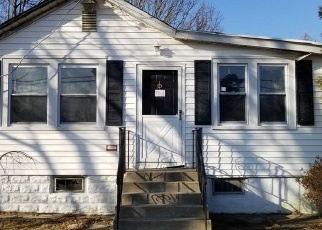 Foreclosed Home in Brentwood 11717 PROSPECT AVE - Property ID: 4359558728