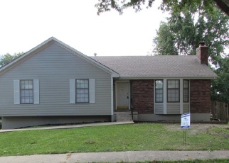 Foreclosed Home in Blue Springs 64014 SE DIAMOND CT - Property ID: 4359695815