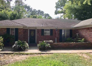 Foreclosed Home in Tyler 75701 BAMA LN - Property ID: 4359769385