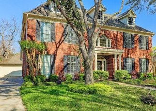 Foreclosed Home in Sugar Land 77479 OAKHURST PKWY - Property ID: 4359790860