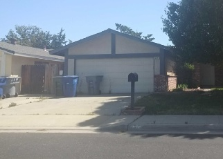 Foreclosed Home in Clovis 93611 PURDUE AVE - Property ID: 4359802228