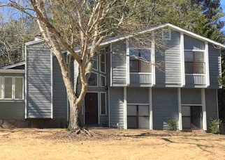 Foreclosed Home in Lithia Springs 30122 CLEARSTONE DR - Property ID: 4359868371