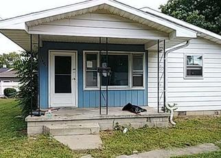 Foreclosed Home in Vincennes 47591 INDIANA AVE - Property ID: 4359956399