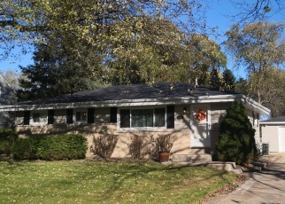 Foreclosed Home in Milwaukee 53223 N 54TH ST - Property ID: 4360110575