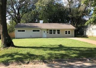 Foreclosed Home in Kansas City 64134 CORRINGTON AVE - Property ID: 4360315544