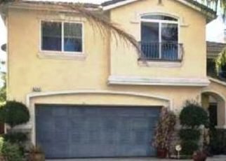 Foreclosed Home in Reseda 91335 CHAMBERLAIN LN - Property ID: 4360332627