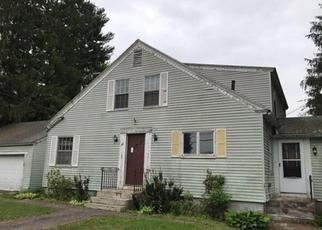 Foreclosed Home in Millbury 01527 OAK POND AVE - Property ID: 4360419790