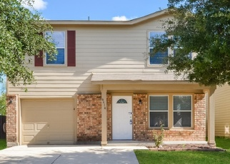 Foreclosed Home in San Antonio 78245 WALDON POND - Property ID: 4360420661
