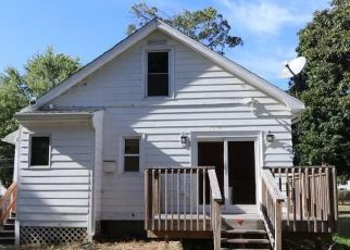 Foreclosed Home in Enfield 06082 BRAINARD RD - Property ID: 4360497743