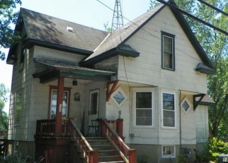 Foreclosed Home in Three Rivers 49093 RIVER DR - Property ID: 4360606801